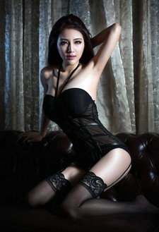 Gui Jing Jing is a sexy and hot Asian model, car show girl and Internet celebrity from..