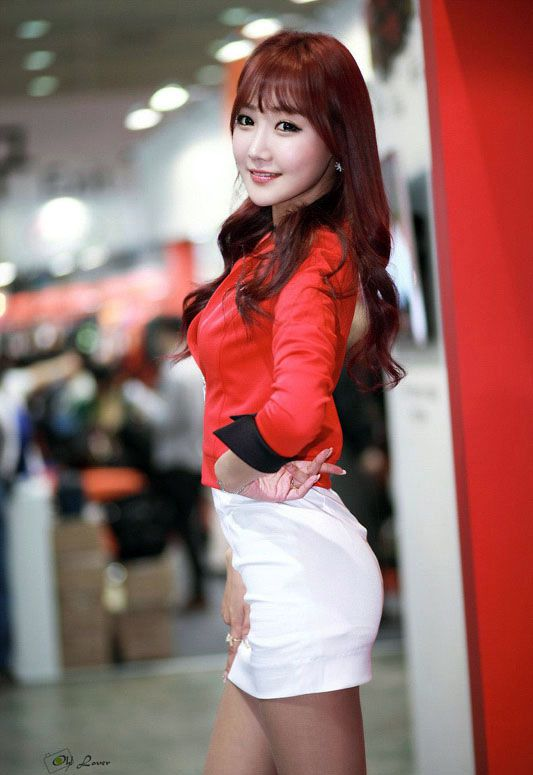 If you like Korean babe Jo In Young, get in this post and check out her latest event..